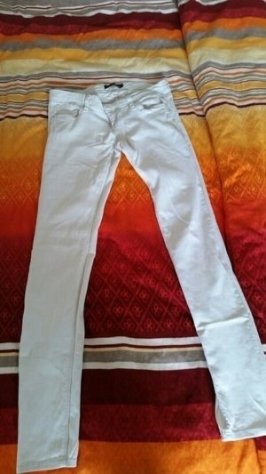 Neuwertige Jeanshose in beige