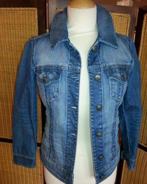 Neuwertige Jeansjacke von Esprit in Gr. 34