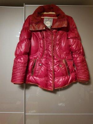 Neuwertige Khujo Winterjacke Damenjacke Daunen Gr. 36/38 M rot