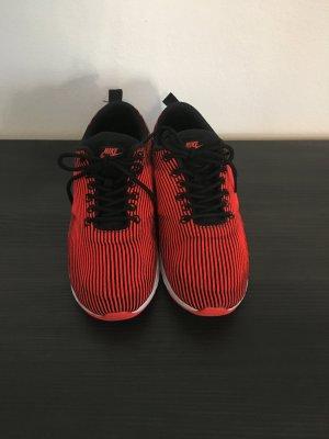 Neuwertige Nike Airmax Thea