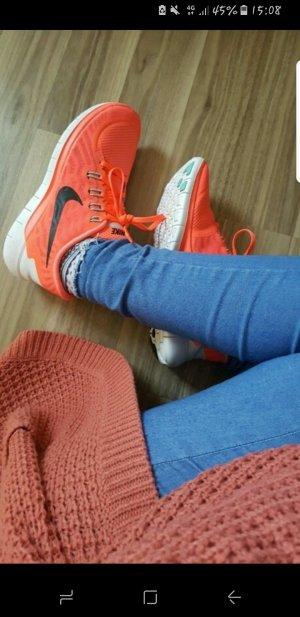 Neuwertige Nike free neonorange