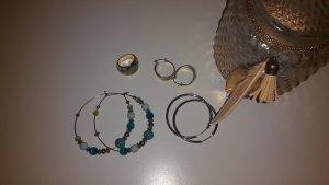 neuwertige Ohrringe und Ring