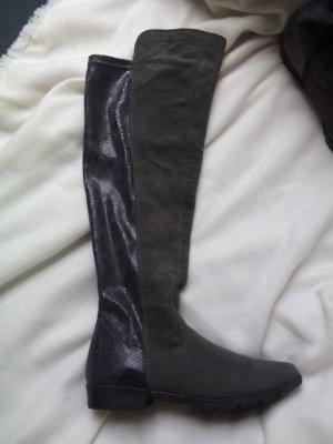 Neuwertige Overknee Stiefel