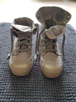 Neuwertige Palladium Pallabrouse Baggy Boots!