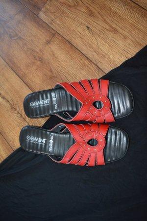 Neuwertige Pantolette Gr. 40 Gemini Rot schwarz Top