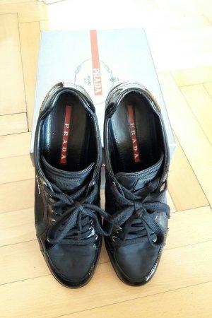 Prada Sneakers met veters zwart