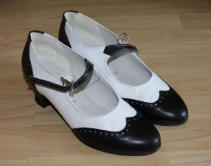 Escarpins Mary Jane blanc-noir cuir
