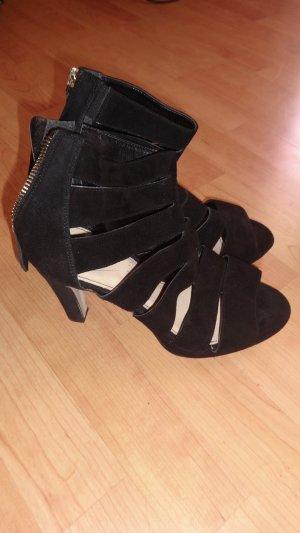 neuwertige Riemen High Heels