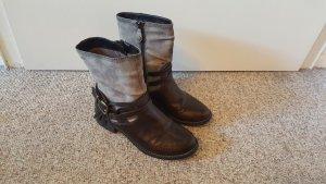 Neuwertige s. Oliver Boots aus Wildleder und Leder