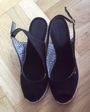 Neuwertige Sandale von TOMMY HILFIGER