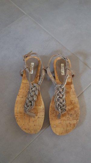 neuwertige Sandaletten