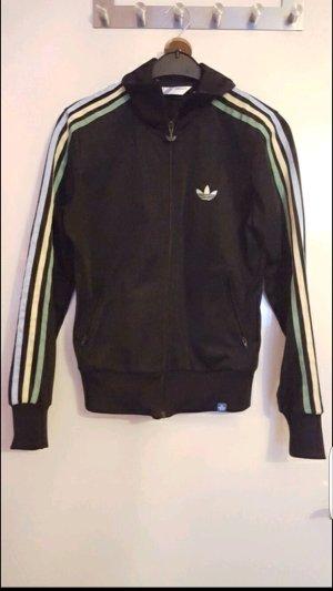 Neuwertige schwarze Adidas-Jacke