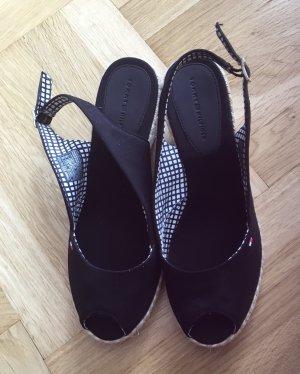 Neuwertige schwarze Sandale von TOMMY HILFIGER