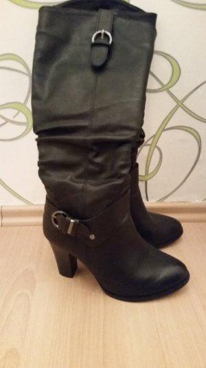 neuwertige schwarze Stiefel in 38