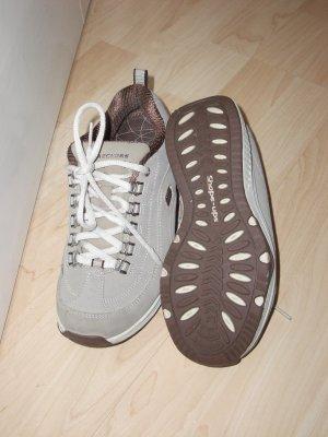 neuwertige Skechers Shape Ups Optimize Damen Sneaker, braun, Gr. 36