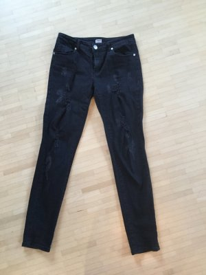 Neuwertige Skinny Jeans im destroyed Look, M
