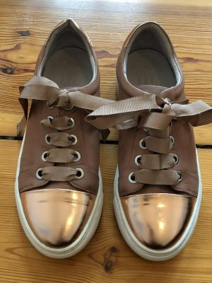 Neuwertige Sneaker 39 aus Dänemark (billi bi)
