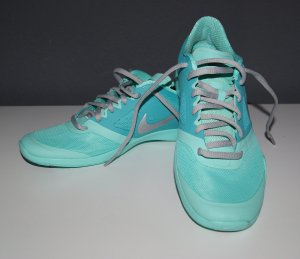 Neuwertige Sneakers von Nike