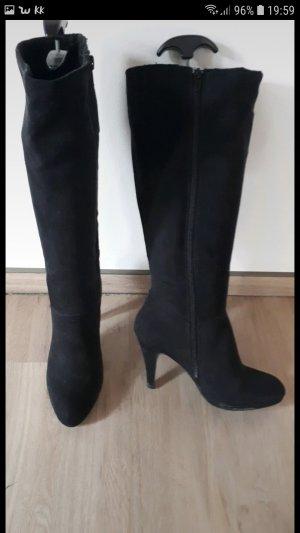 Neuwertige Stiefel