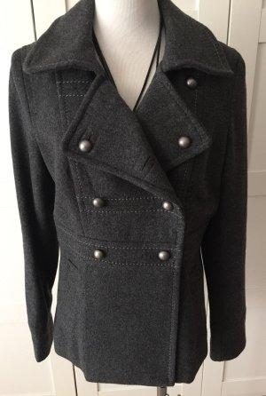 Neuwertige Wolljacke von H&M Gr. 38/40