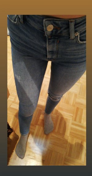Neuwertige Zara High Waist Jean in Blau, Größe S/36