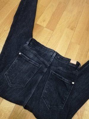 Neuwertige Zara Jean mit hoher Taille,  Größe XS/34