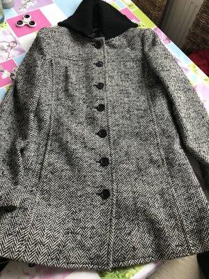 Neuwertiger Mantel von Tommy Hilfiger