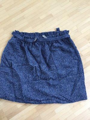 Neuwertiger Minirock von Pepe Jeans mit Gürtel und Taschen