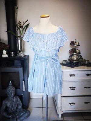 Neuwertiger Overall von Zara Gr L Jumpsuit Romper gestreift hellblau weiß Carmenausschnitt Spitze