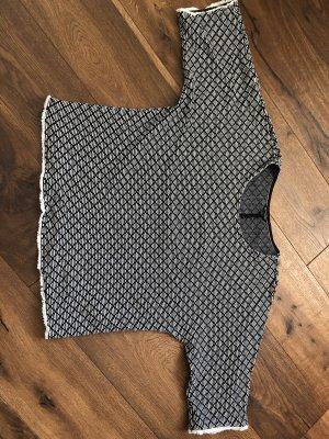 Neuwertiger wunderschöner Pullover von Massimo Dutti