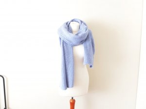 neuwertiger Zara xxl Strickschal hellblau babyblau trend cosy Angora Wolle