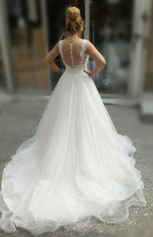 Neuwertiges Hochzeitskleid