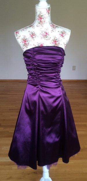 Neuwertiges Korsagenkleid inkl. Stola