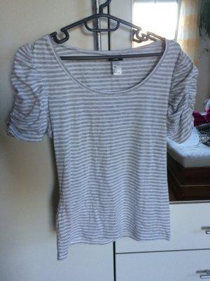 ** Neuwertiges Shirt H&M **