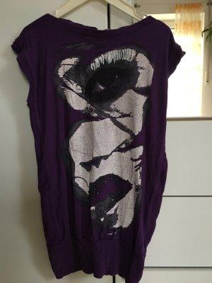 ** Neuwertiges Shirt Lila **