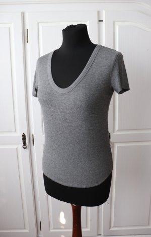 Neuwertiges Shirt T-Shirt von Zara Größe M 38 gerippt