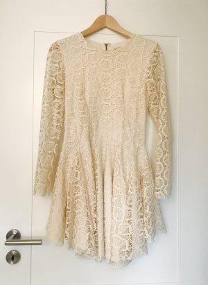Neuwertiges Spitzen-Kleid von H&M