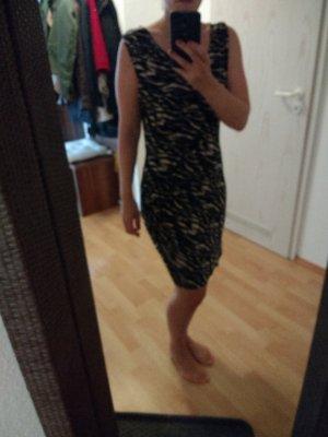 neuwertiges Vila Kleid