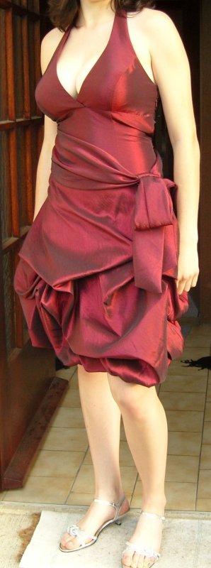 neuwertiges, weinrotes Abendkleid (Abiball)