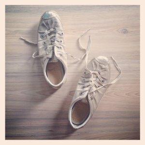 Never 2 Hot * Skater Sneaker Turnschuh * GOLD