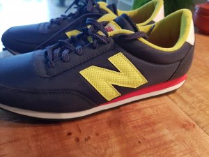 New Balance 410  NEU