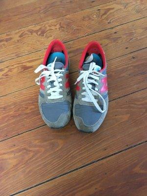 New Balance 420 rot grau Sneaker