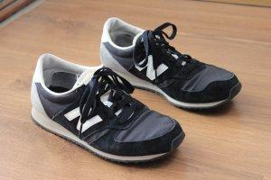 New Balance 420 schwarz-grau