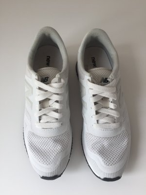 New Balance 420 Sneakers in weiß