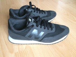 New Balance 620 schwarz Größe 37