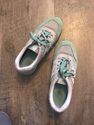 New balance, alte Schuhe noch in gut Zustand