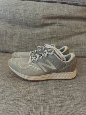 New Balance Gr. 42,5 ML980 grau Sweatshirt Stoff