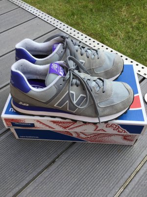 New Balance Grey/Purple