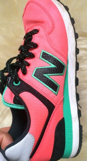 New balance in pink 36
