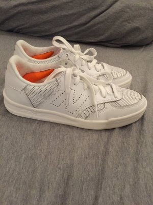 New Balance Leder Sneaker CRT300 neu